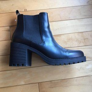 H&M platform boots 8.5